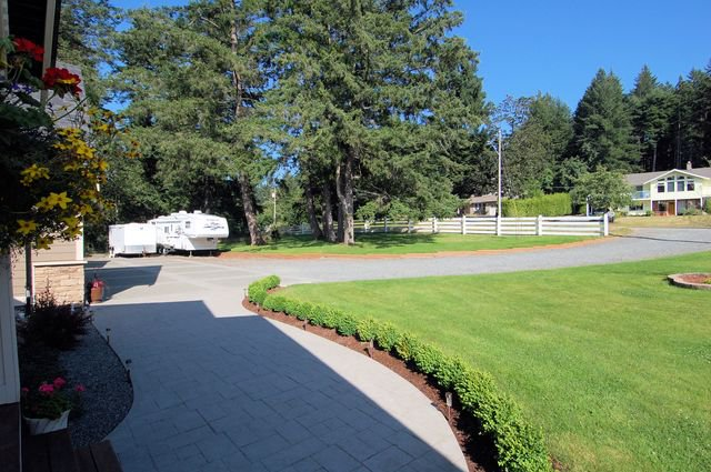 Photo 59: Photos: 1449 DONNAY DRIVE in DUNCAN: House for sale