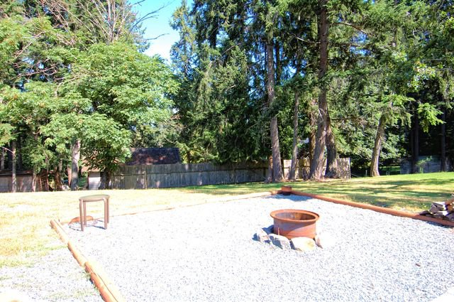 Photo 44: Photos: 1449 DONNAY DRIVE in DUNCAN: House for sale