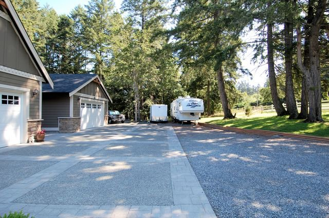 Photo 60: Photos: 1449 DONNAY DRIVE in DUNCAN: House for sale