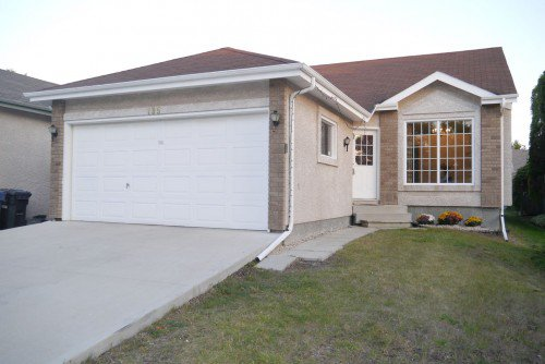 Main Photo: 195 Eastmount Drive in Winnipeg: Residential for sale : MLS®# 1319908