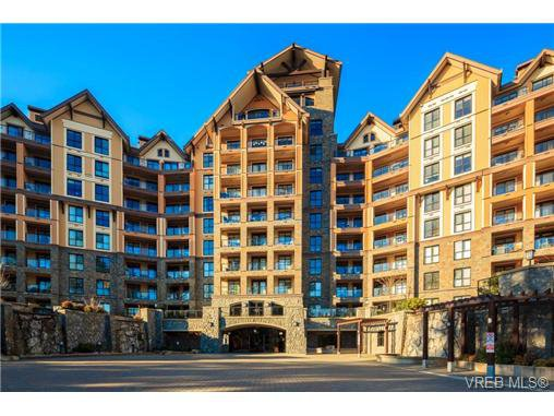 Main Photo: 223 1400 Lynburne Pl in VICTORIA: La Bear Mountain Condo for sale (Langford)  : MLS®# 687735