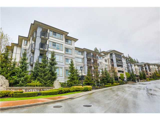 "Main Photo: 309 2951 SILVER SPRINGS Boulevard in Coquitlam: Westwood Plateau Condo for sale in ""TANTALUS AT SILVER SPRINGS"" : MLS®# V1119225"