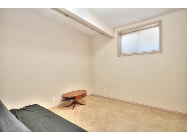 Photo 29: Photos: 90 EVERGLEN Crescent SW in Calgary: Evergreen House for sale : MLS®# C4033860