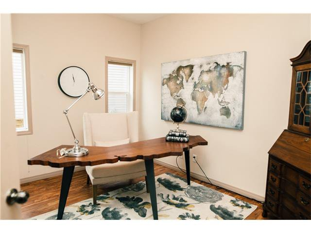 Photo 12: Photos: 90 EVERGLEN Crescent SW in Calgary: Evergreen House for sale : MLS®# C4033860