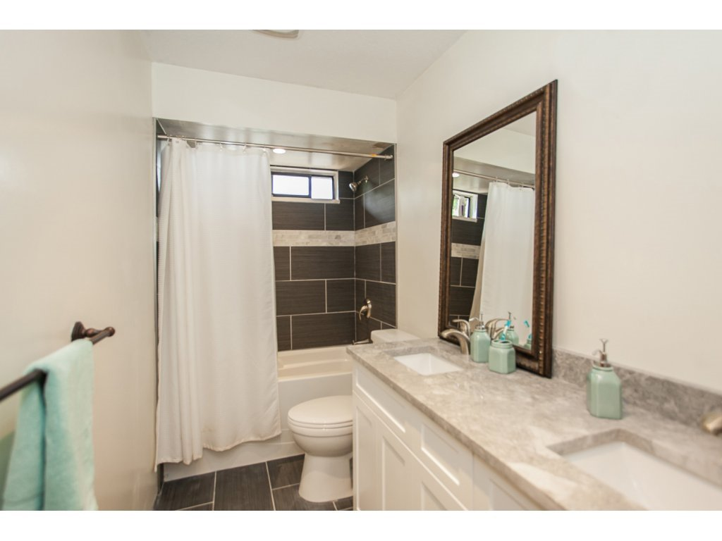 """Photo 16: Photos: 19834 68TH Avenue in Langley: Willoughby Heights House for sale in """"North Langley Meadows"""" : MLS®# R2087001"""