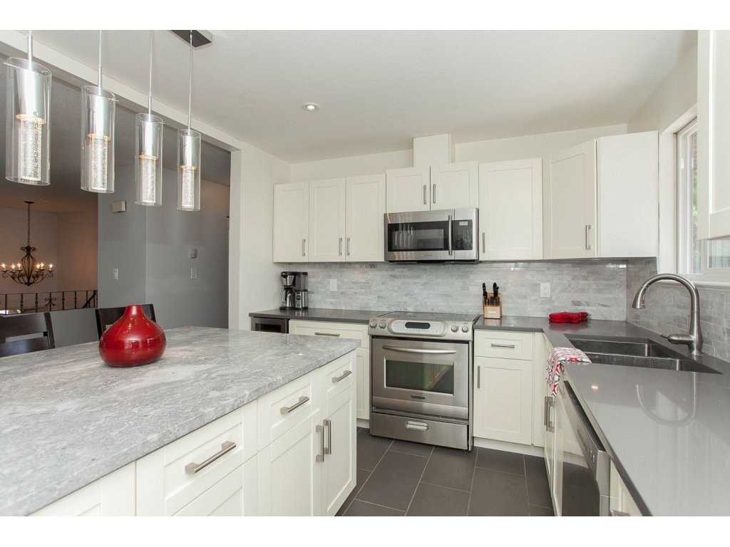 """Photo 11: Photos: 19834 68TH Avenue in Langley: Willoughby Heights House for sale in """"North Langley Meadows"""" : MLS®# R2087001"""