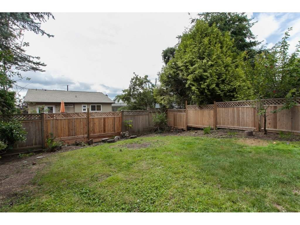 """Photo 2: Photos: 19834 68TH Avenue in Langley: Willoughby Heights House for sale in """"North Langley Meadows"""" : MLS®# R2087001"""