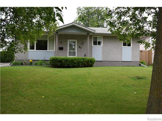 Main Photo: 37 Santa Clara Crescent in Winnipeg: Waverley Heights Residential for sale (1L)  : MLS®# 1626853