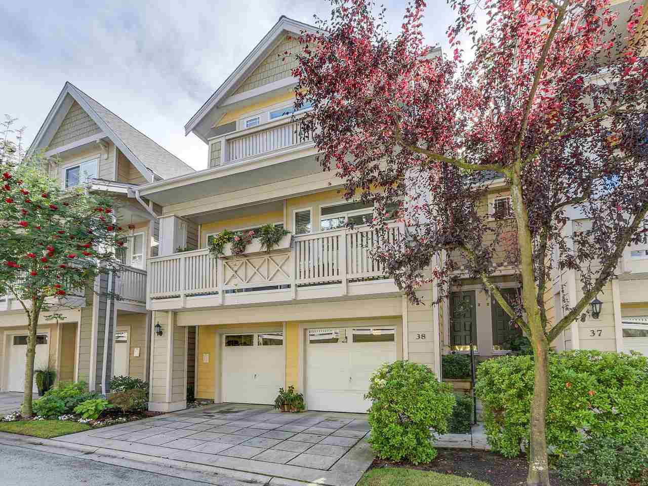"Main Photo: 38 2588 152 Street in Surrey: King George Corridor Townhouse for sale in ""Woodgrove"" (South Surrey White Rock)  : MLS®# R2130103"