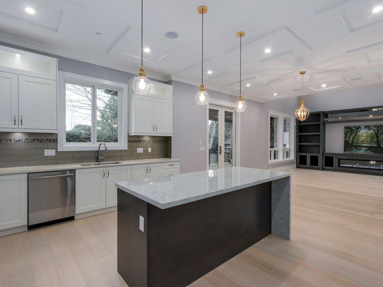 Photo 10: Photos: 1560 MAPLE Street: White Rock House for sale (South Surrey White Rock)  : MLS®# R2138926