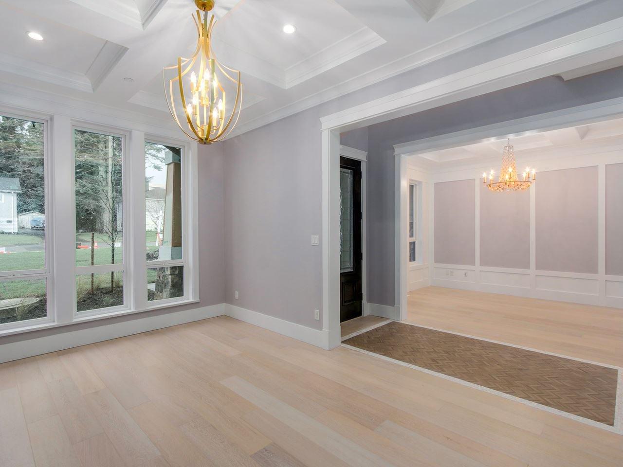 Photo 3: Photos: 1560 MAPLE Street: White Rock House for sale (South Surrey White Rock)  : MLS®# R2138926