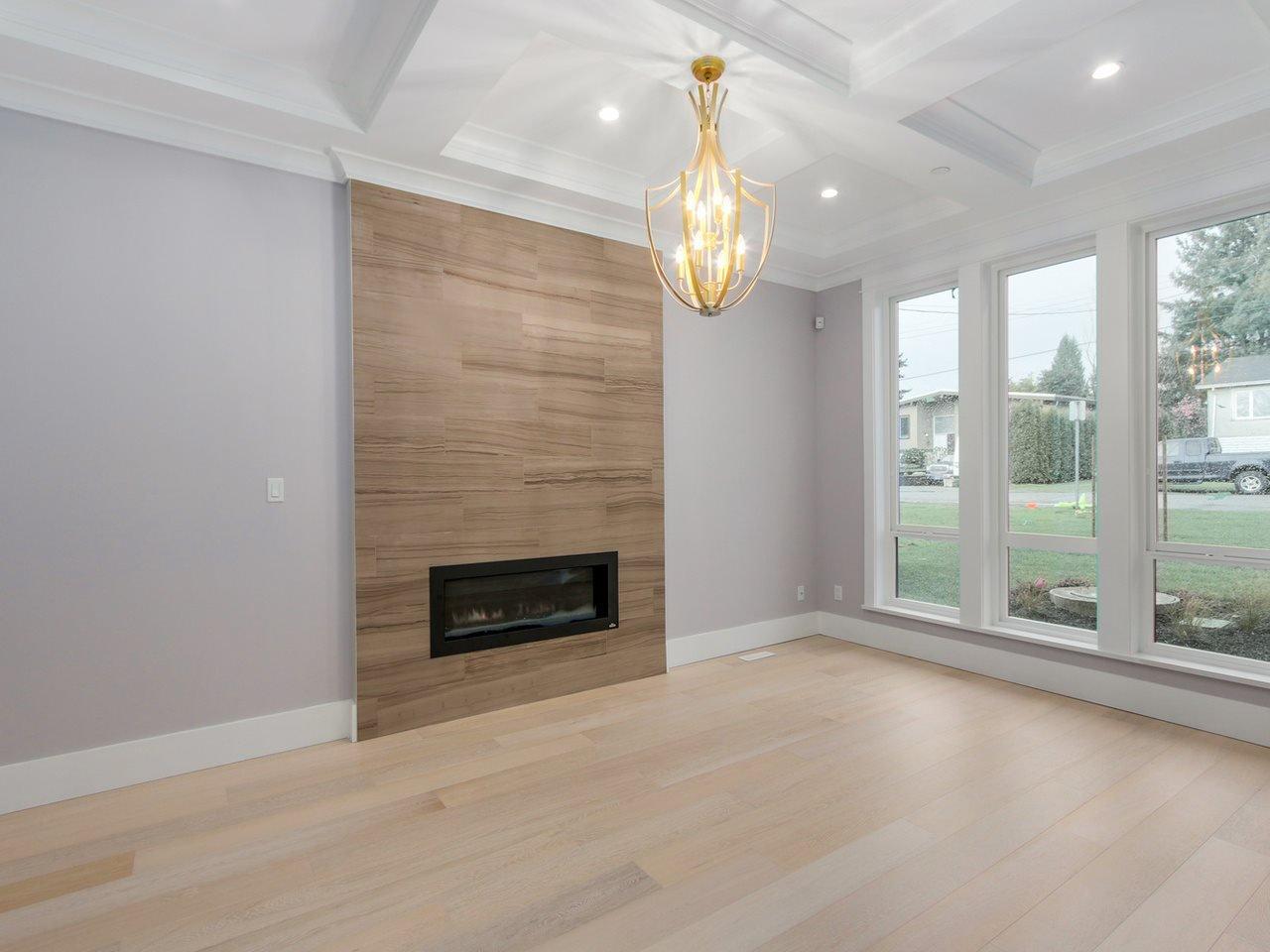 Photo 2: Photos: 1560 MAPLE Street: White Rock House for sale (South Surrey White Rock)  : MLS®# R2138926