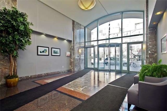 Main Photo: 808 109 E Front Street in Toronto: Moss Park Condo for lease (Toronto C08)  : MLS®# C3885362