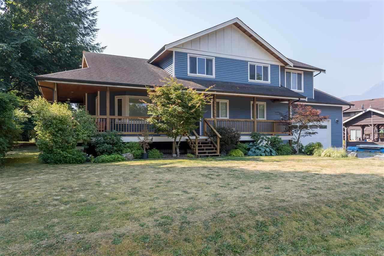 Main Photo: 2180 READ Crescent in Squamish: Garibaldi Estates House for sale : MLS®# R2235684