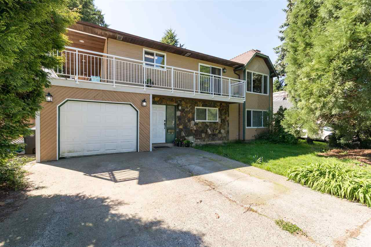 Main Photo: 6031 132A Street in Surrey: Panorama Ridge House for sale : MLS®# R2264878