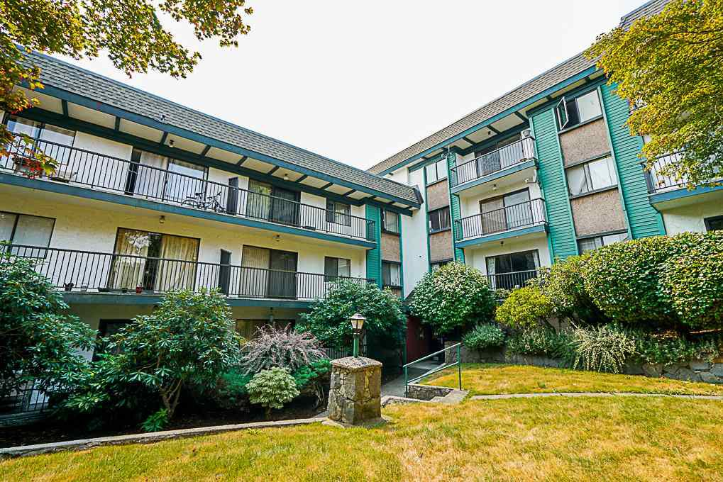 """Main Photo: 201 5450 EMPIRE Drive in Burnaby: Capitol Hill BN Condo for sale in """"EMPIRE PLACE"""" (Burnaby North)  : MLS®# R2296980"""
