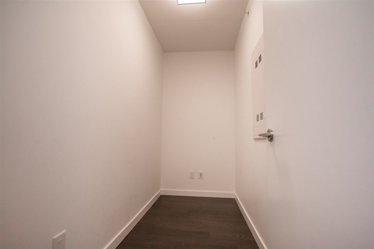 Photo 10: Photos: 1801 5665 BOUNDARY Road in Vancouver: Collingwood VE Condo for sale (Vancouver East)  : MLS®# R2299363