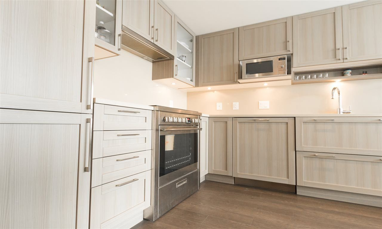 Photo 8: Photos: 1801 5665 BOUNDARY Road in Vancouver: Collingwood VE Condo for sale (Vancouver East)  : MLS®# R2299363