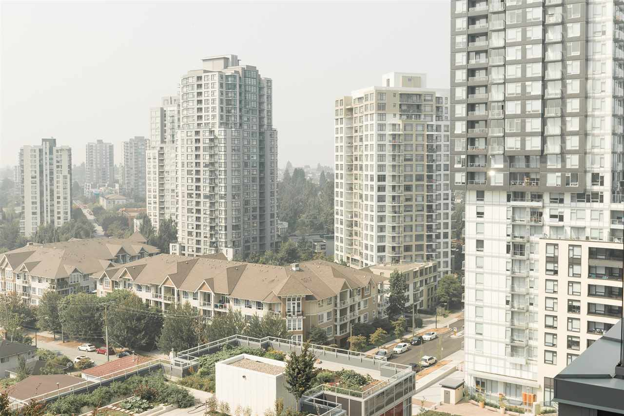 Photo 16: Photos: 1801 5665 BOUNDARY Road in Vancouver: Collingwood VE Condo for sale (Vancouver East)  : MLS®# R2299363