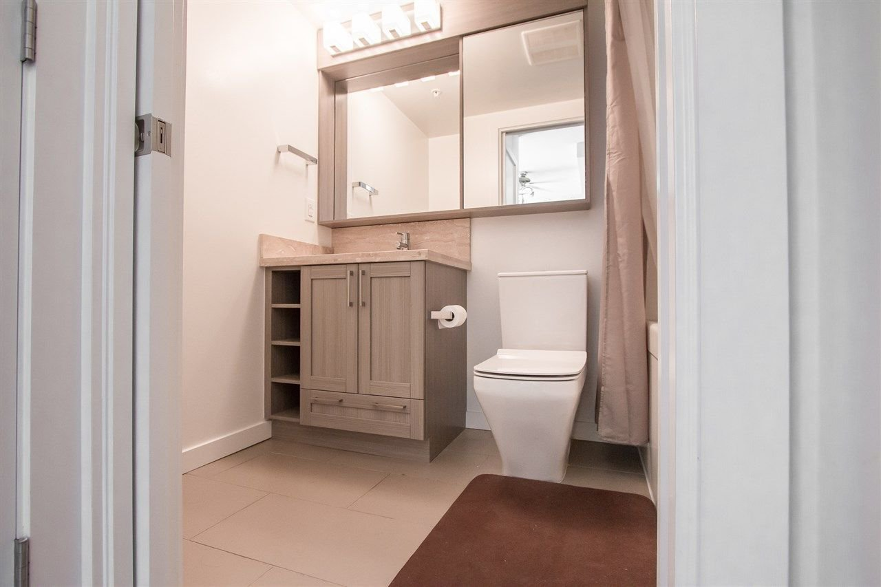 Photo 6: Photos: 1801 5665 BOUNDARY Road in Vancouver: Collingwood VE Condo for sale (Vancouver East)  : MLS®# R2299363