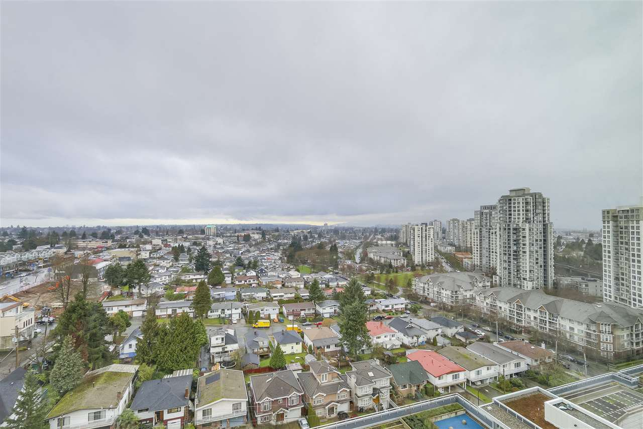 Photo 14: Photos: 1801 5665 BOUNDARY Road in Vancouver: Collingwood VE Condo for sale (Vancouver East)  : MLS®# R2299363