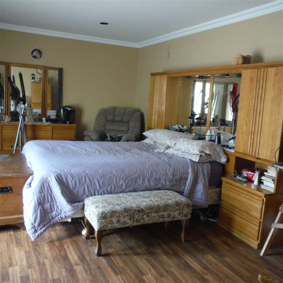 Photo 2: Photos: 8552 THOMPSON Road in Mission: Dewdney Deroche House for sale : MLS®# R2354539