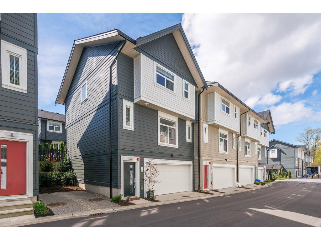 "Main Photo: 76 7665 209 Street in Langley: Willoughby Heights Townhouse for sale in ""Archstone"" : MLS®# R2359787"