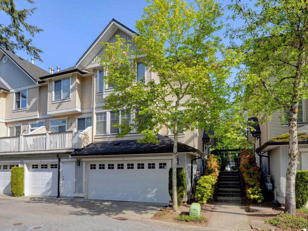 "Main Photo: 5 8383 159 Street in Surrey: Fleetwood Tynehead Townhouse for sale in ""Avalon Woods"" : MLS®# R2370016"