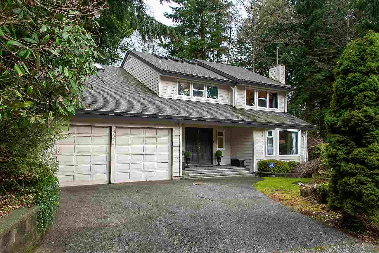 Main Photo: 5574 WOODPECKER Place in North Vancouver: Grouse Woods House for sale : MLS®# R2436026