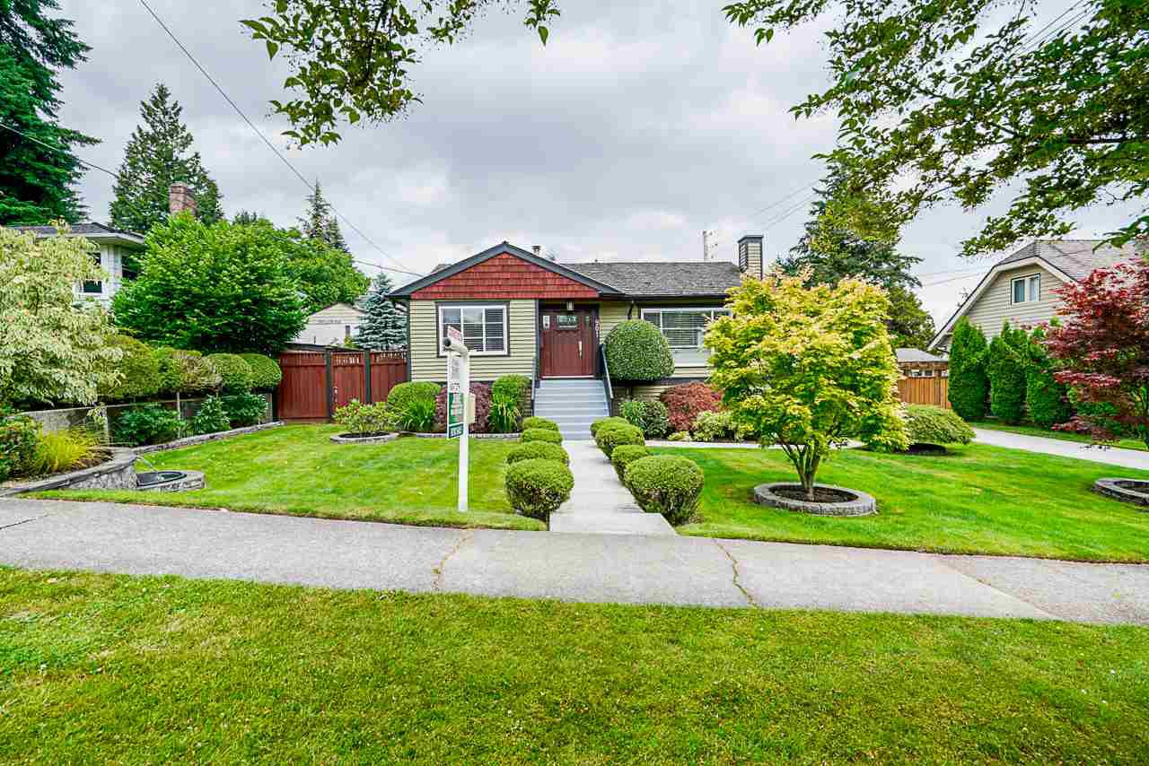 Main Photo: 901 SECOND Street in New Westminster: GlenBrooke North House for sale : MLS®# R2471706