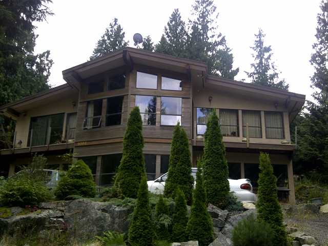 "Main Photo: 8593 BEDORA Place in West Vancouver: Howe Sound House for sale in ""Sunset Point"" : MLS®# V900327"