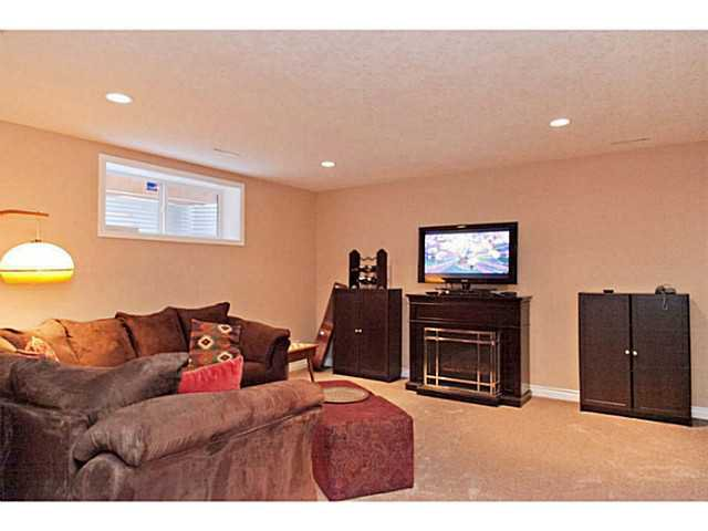 Photo 16: Photos: 176 CHAPALA Drive SE in CALGARY: Chaparral Residential Detached Single Family for sale (Calgary)  : MLS®# C3598286