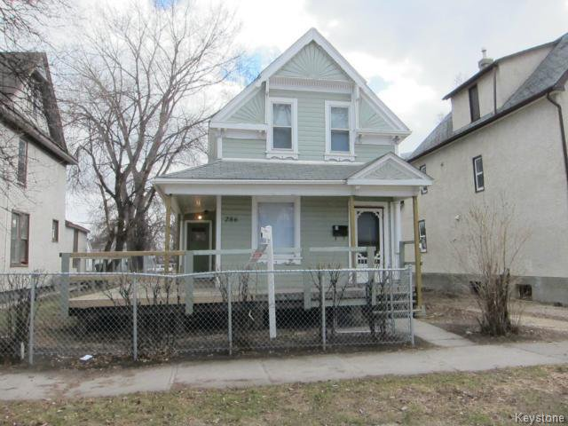 Main Photo: 286 Pritchard Avenue in WINNIPEG: North End Residential for sale (North West Winnipeg)  : MLS®# 1408771