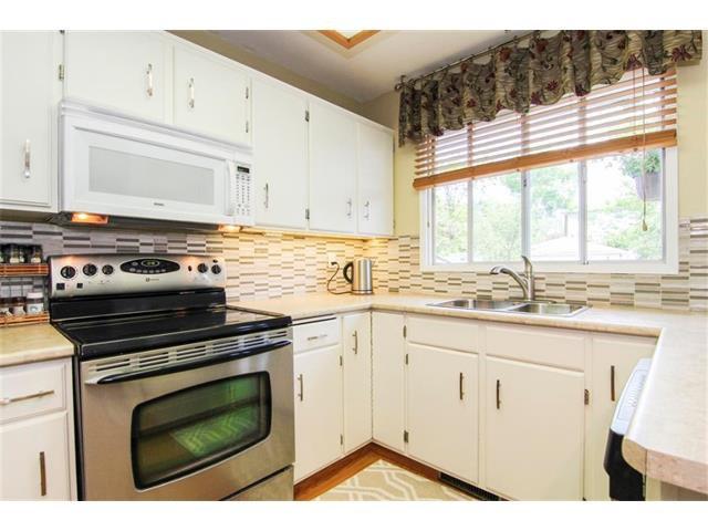 Photo 20: Photos: 416 RUNDLEHILL Way NE in Calgary: Rundle House for sale : MLS®# C4015836
