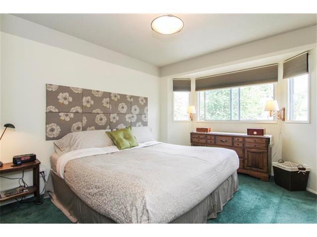 Photo 23: Photos: 416 RUNDLEHILL Way NE in Calgary: Rundle House for sale : MLS®# C4015836