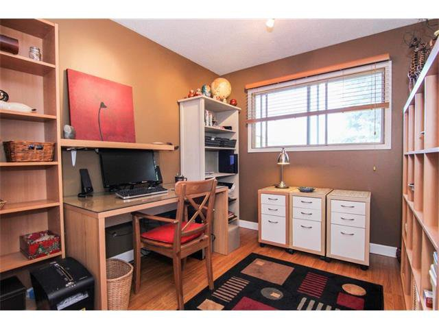 Photo 28: Photos: 416 RUNDLEHILL Way NE in Calgary: Rundle House for sale : MLS®# C4015836