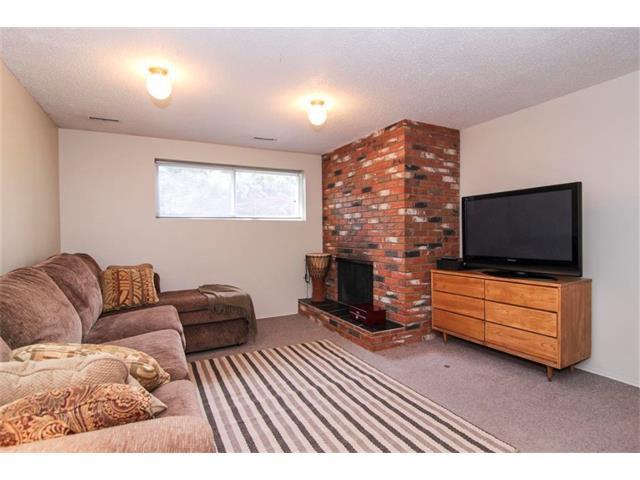 Photo 35: Photos: 416 RUNDLEHILL Way NE in Calgary: Rundle House for sale : MLS®# C4015836