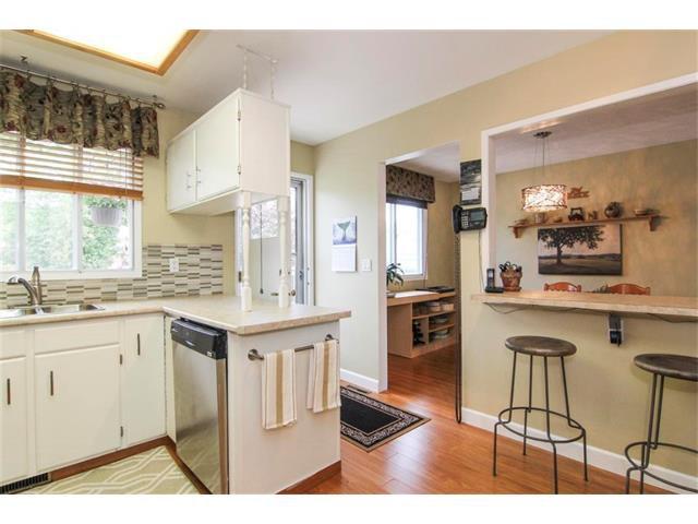 Photo 21: Photos: 416 RUNDLEHILL Way NE in Calgary: Rundle House for sale : MLS®# C4015836