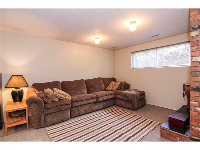 Photo 34: Photos: 416 RUNDLEHILL Way NE in Calgary: Rundle House for sale : MLS®# C4015836
