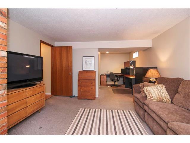 Photo 36: Photos: 416 RUNDLEHILL Way NE in Calgary: Rundle House for sale : MLS®# C4015836