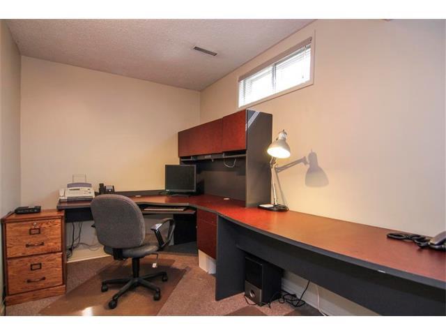 Photo 38: Photos: 416 RUNDLEHILL Way NE in Calgary: Rundle House for sale : MLS®# C4015836