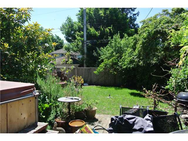 Photo 5: Photos: 4214 W 13TH Avenue in Vancouver: Point Grey House for sale (Vancouver West)  : MLS®# V1129499
