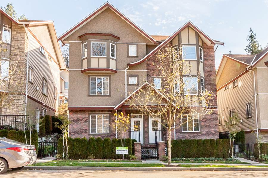 """Main Photo: 4 35626 MCKEE Road in Abbotsford: Abbotsford East Townhouse for sale in """"Ledgeview Villas"""" : MLS®# R2008318"""