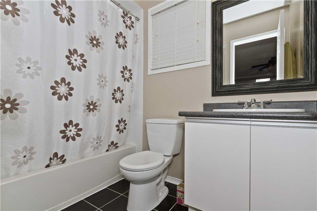 Photo 9: Photos: 5344 Flatford Road in Mississauga: East Credit House (2-Storey) for sale : MLS®# W3527009