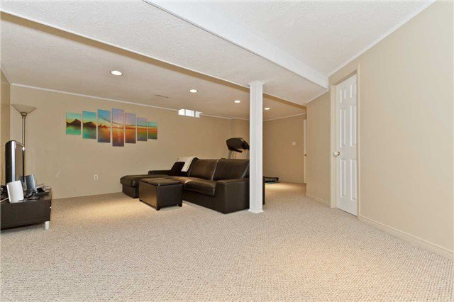 Photo 10: Photos: 5344 Flatford Road in Mississauga: East Credit House (2-Storey) for sale : MLS®# W3527009