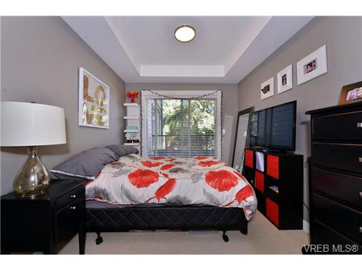 Photo 8: Photos: 205 844 Goldstream Ave in VICTORIA: La Langford Proper Condo for sale (Langford)  : MLS®# 739641