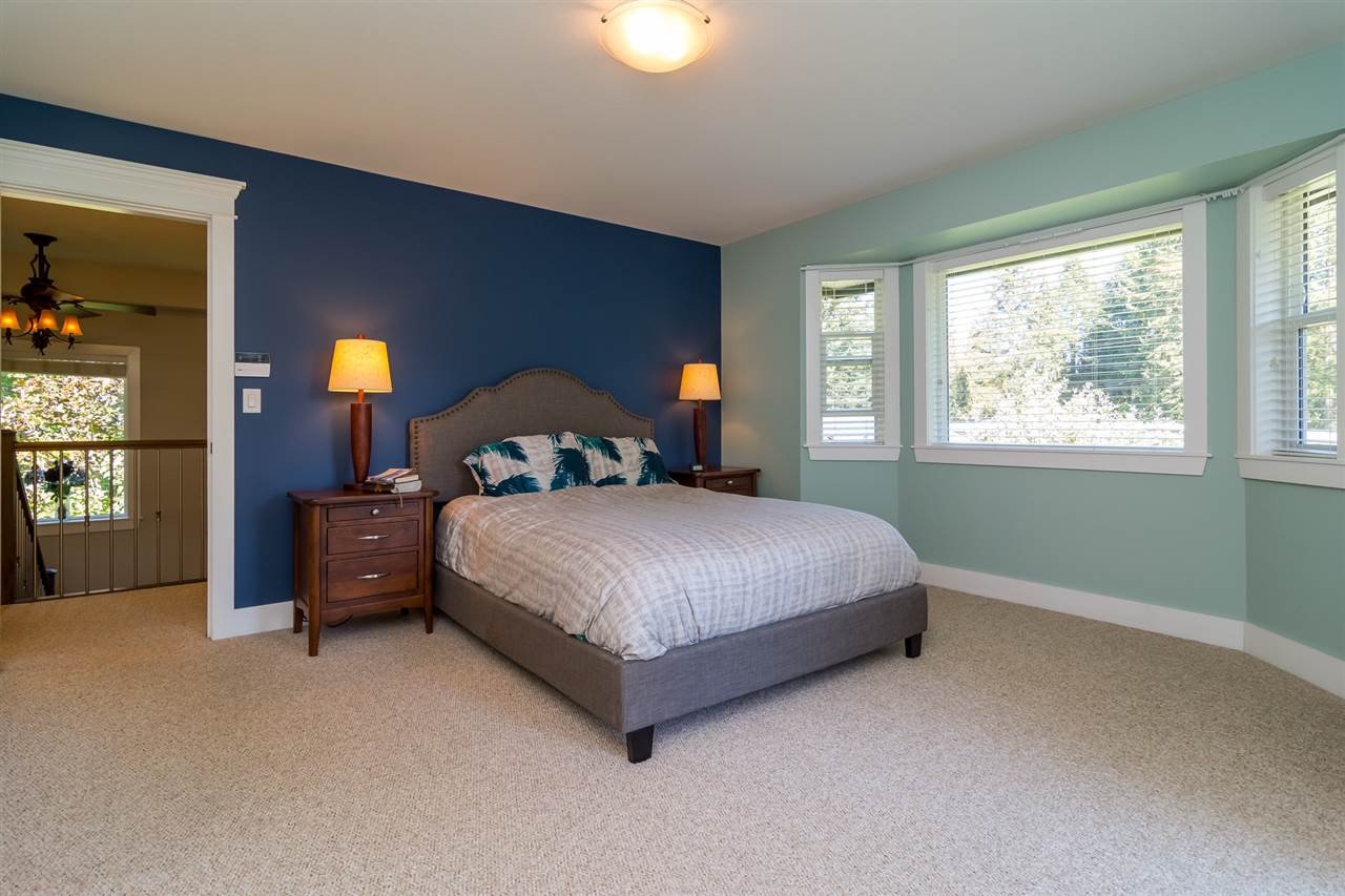 Photo 11: Photos: 2838 CAMBRIDGE Street in Abbotsford: Central Abbotsford House for sale : MLS®# R2108926