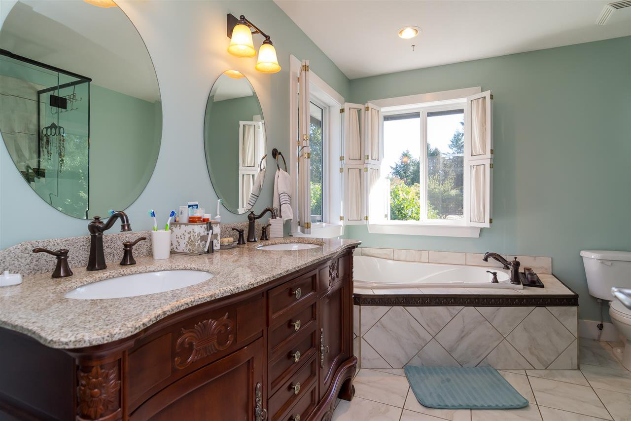 Photo 13: Photos: 2838 CAMBRIDGE Street in Abbotsford: Central Abbotsford House for sale : MLS®# R2108926