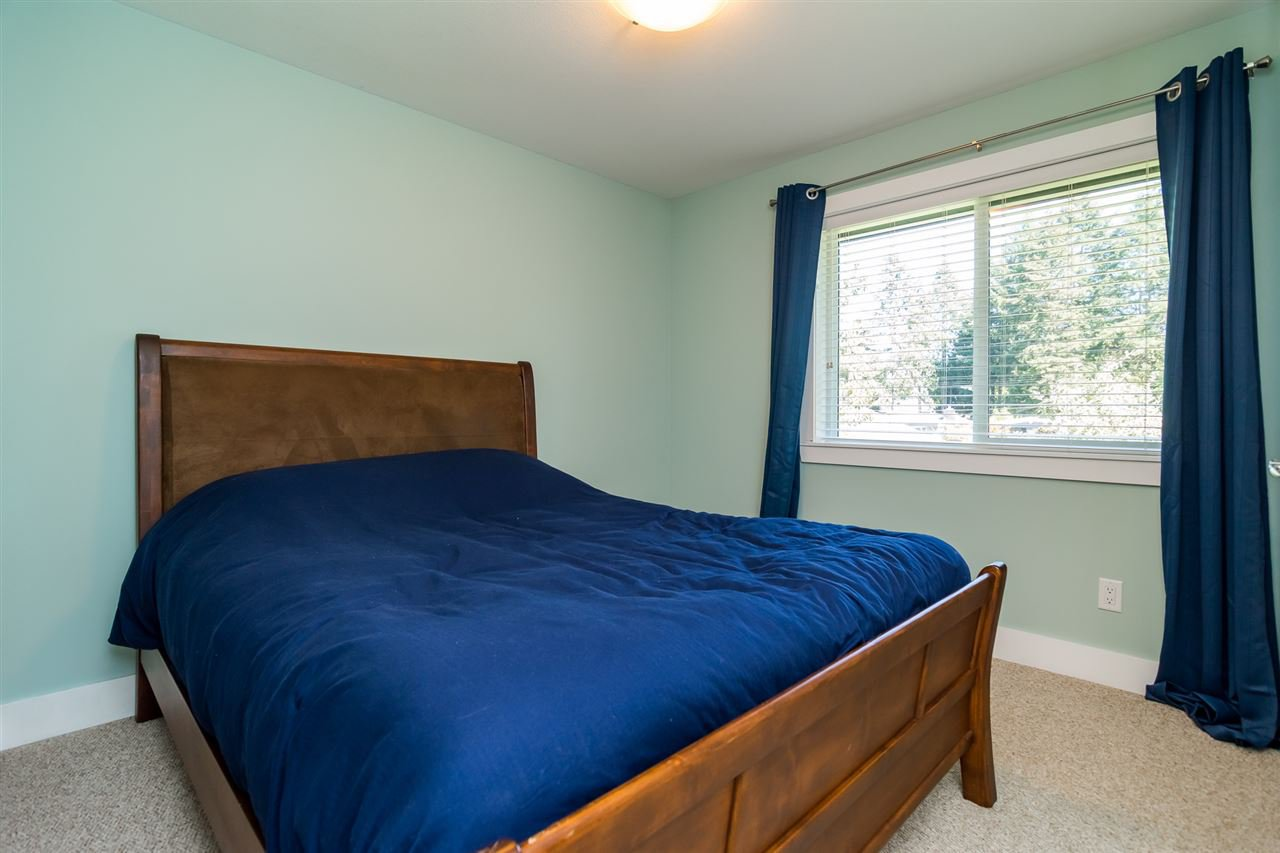 Photo 15: Photos: 2838 CAMBRIDGE Street in Abbotsford: Central Abbotsford House for sale : MLS®# R2108926