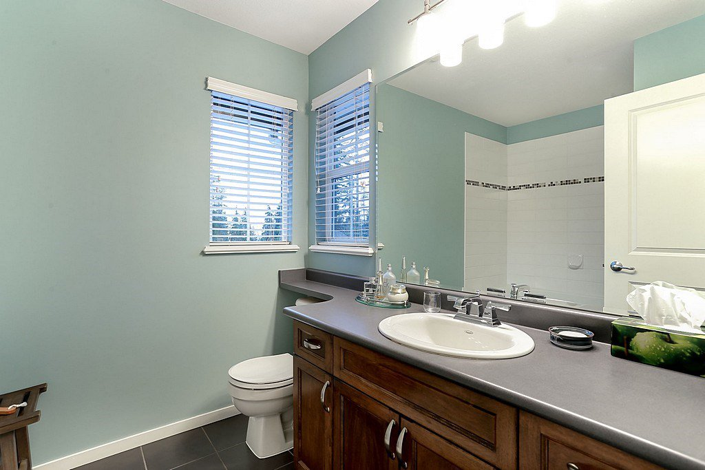 """Photo 12: Photos: 11 ALDER Drive in Port Moody: Heritage Woods PM House for sale in """"FOREST EDGE"""" : MLS®# R2133564"""
